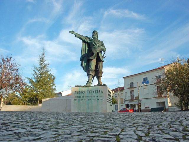 Estátua de Pedro Teixeira
