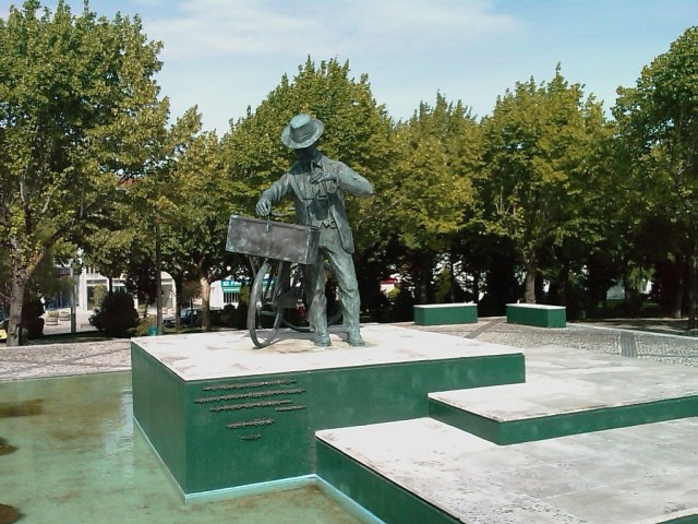 Monumento ao Ourives Ambulante